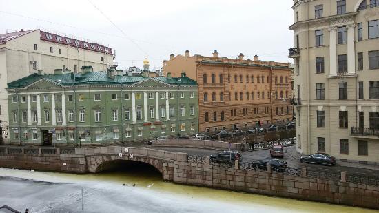 Zimnyaya Kanavka Canal