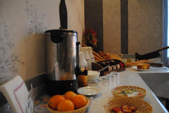 De Geneve: buffet petit déjeuner