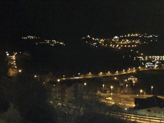 Sispony, Andorra: Exterior nocturno