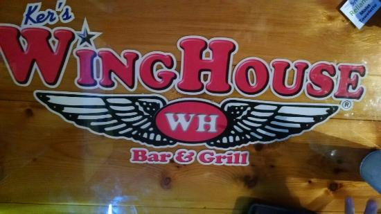 Ellenton, Флорида: The WingHouse Bar & Grill