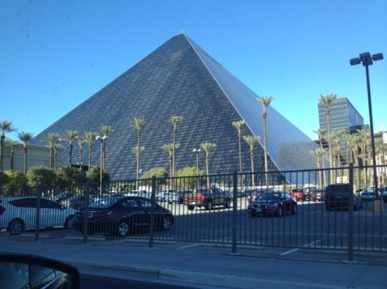 The Luxor Pyramid - Picture of Luxor Hotel & Casino, Las