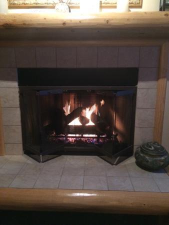 Snowmass Village, Colorado: Fireplace