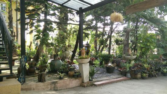Garden Room Hostel