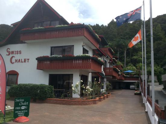 Swiss Chalet Lodge Motel: The lovely Swiss Chalet Lodge