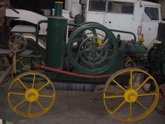 Warracknabeal, Australia: Interesting collection of old machinery