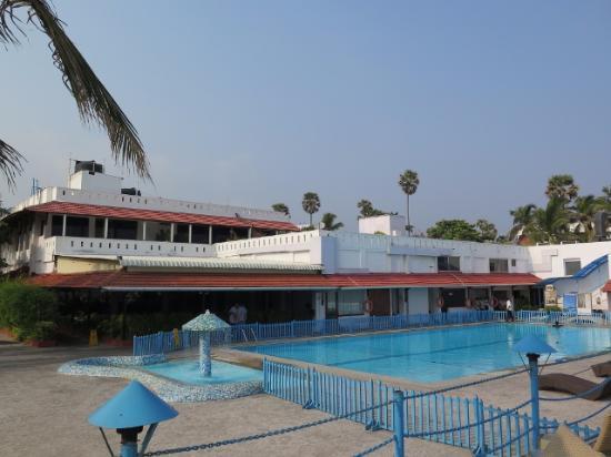 Palm Beach Hotel & Resort Photo