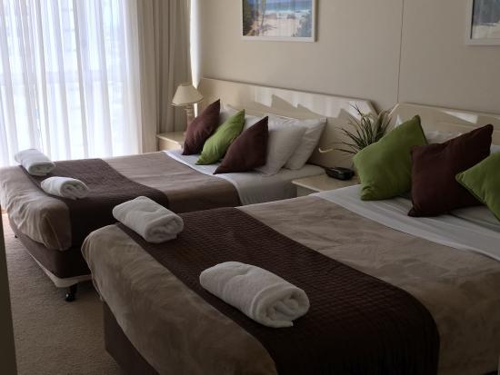 Hi Surf Beachfront Resort Apartments: photo2.jpg