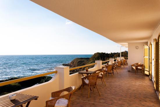Punta Braccetto, Italia: balconi delle camere