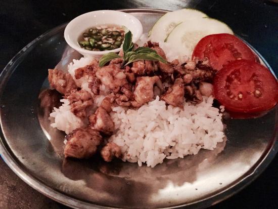 makanan thailand yang enak di bali ulasan hang out at renon by rh tripadvisor co id