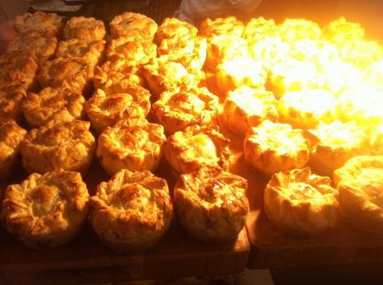 Cornworthy, UK: Fresh home baked pies with seasonal ingredients