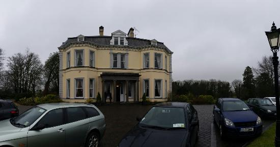 Moyvalley, Irlanda: The Balyna house and a few details...