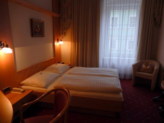Hotel Goldener Brunnen Bild