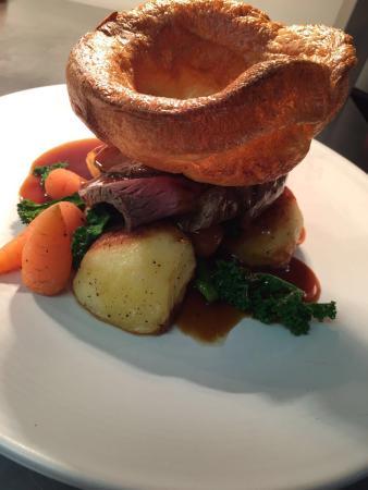 Northwich, UK: Gorgeous roast dinner
