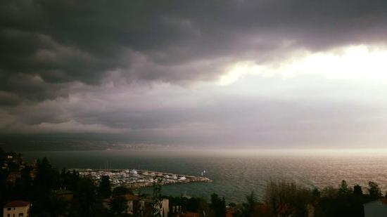 Icici, Croazia: view from villa