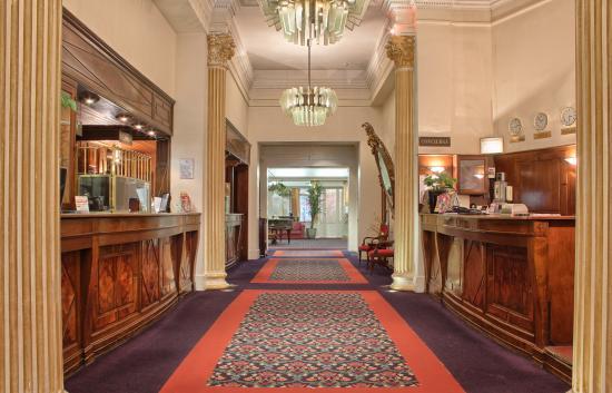 Normandy Hotel : lobby