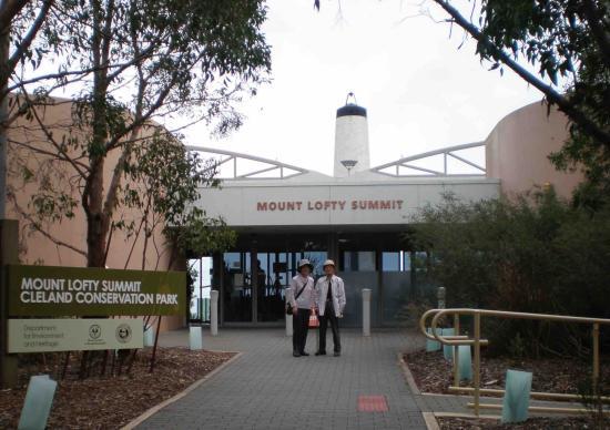 Adelaide Hills, Australien: My Friends @ Mt Lofty Summit