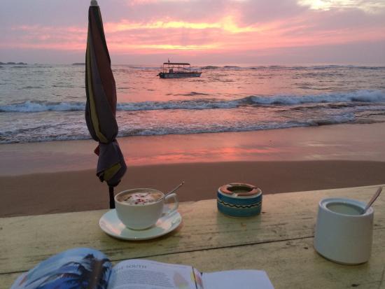 photo0 jpg picture of sunset coffee bar hikkaduwa tripadvisor rh tripadvisor com