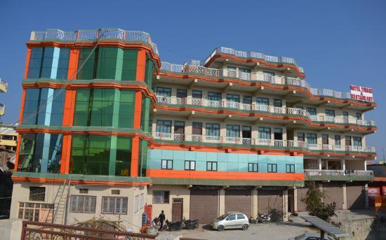 Tiwari Hotel & Restaurant