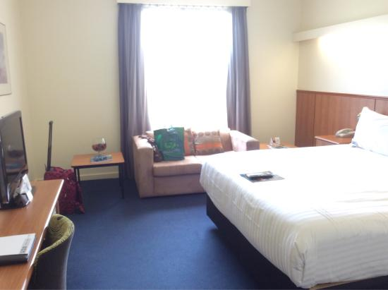 Comfort Hotel Perth City: Inside room on level 4