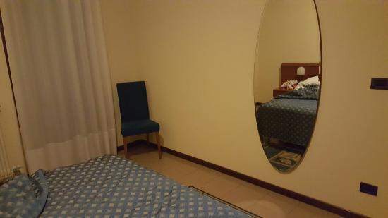 BEST WESTERN Titian Inn Hotel Venice Airport: 20160130_224717_large.jpg