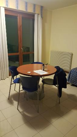 BEST WESTERN Titian Inn Hotel Venice Airport: 20160130_224630_large.jpg