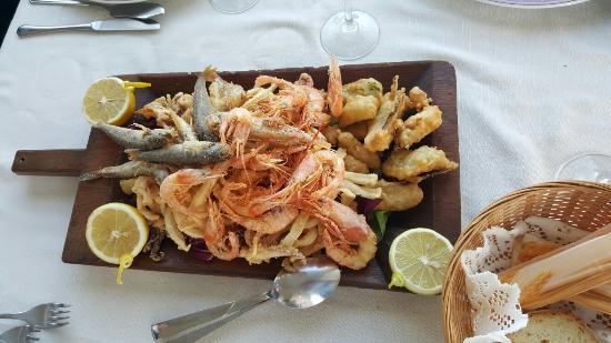 Villa Marina da Sanna: La mitica frittura di Sanna