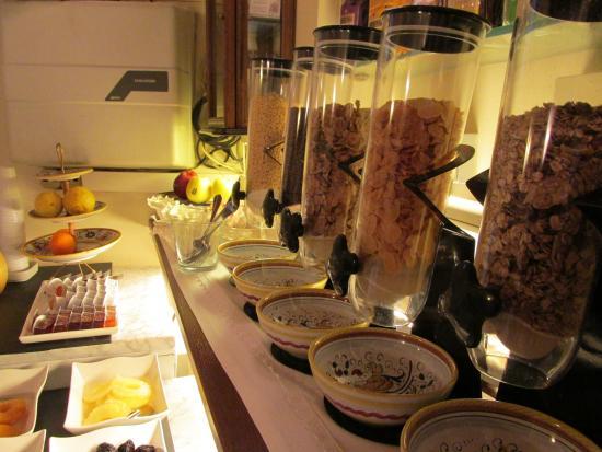 Hotel Pallotta Assisi: Cereali