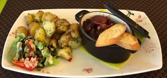 Vougeot, Frankrig: Le bœuf bourguignon