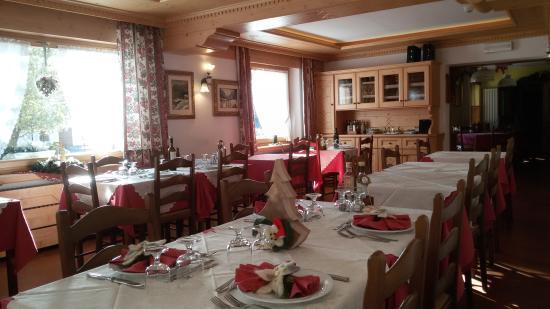 Zoldo Alto, Italia: Sala da pranzo a Natale!!