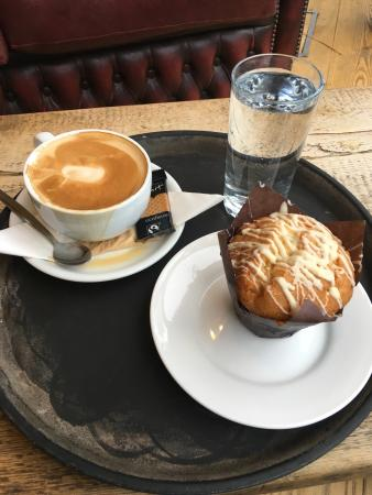 Pops' Cafe