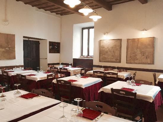 Sassoferrato, Italia: La sala