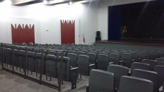 ‪Leão de Formosa Municipal Theater‬