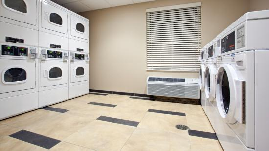Carrollton, OH: Complimentary Guest Laundry