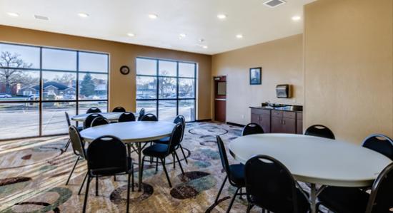 Waverly, Iowa: The Fortner Meeting Room