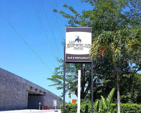 Las Espuelas Hotel : Nuevo Rotulo