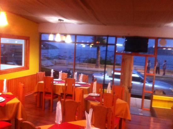 Magnolia restaurant la herradura: Salon con una vista inmejorable