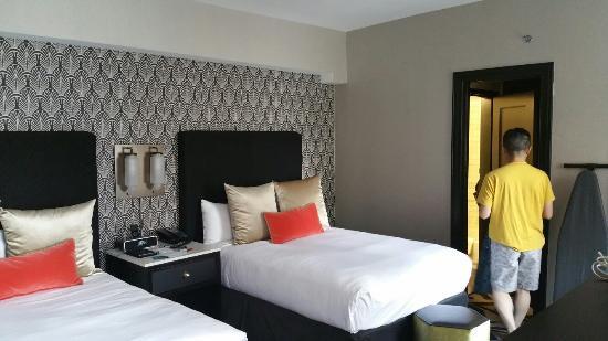 Hotel Allegro | Reception Venues - Chicago, IL - The Knot