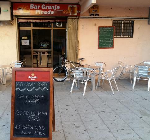 Sant Adria de Besos, Hiszpania: Bar Granja Pineda