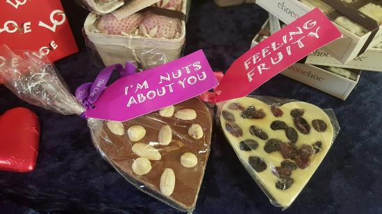 Κένταλ, UK: Valentines comes to 1657 chocolate house !