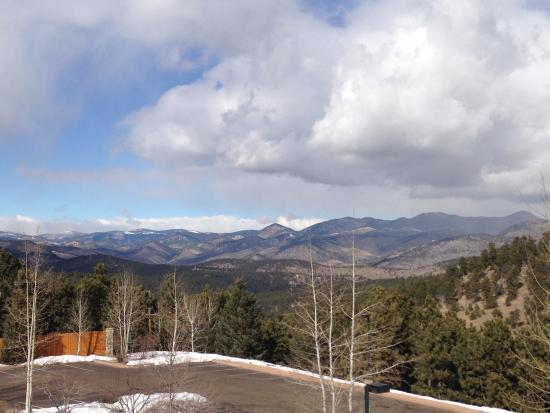 Evergreen, CO: Balcony with mountain view