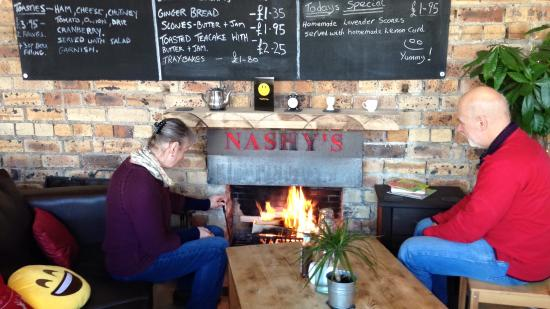 cosy by the fire picture of nashys coffee house cardrona rh tripadvisor co za