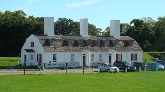 officers quarters picture of fort anne national historic site rh tripadvisor com