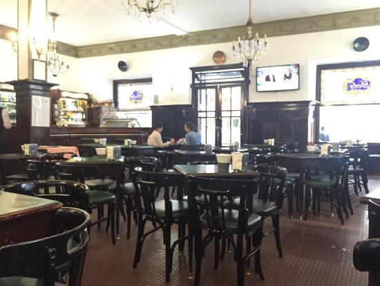 Restaurante cafe bar derby en santiago de compostela con - Cocinas en santiago de compostela ...