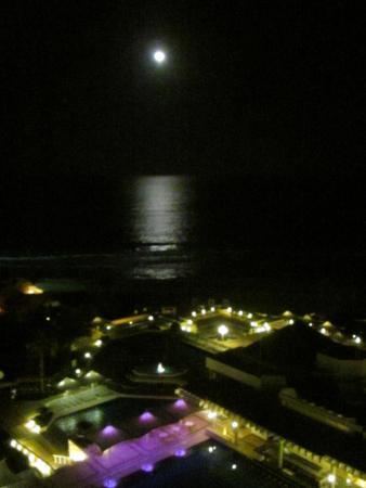 Enjoyable resort with a few caveats