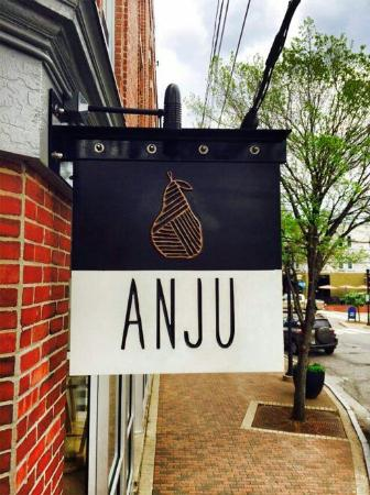 Kittery, Мэн: anju-restaurant-sign_large.jpg
