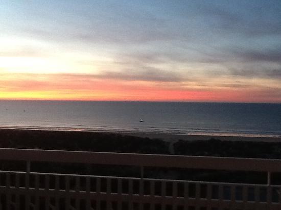 Altura, Portugal: Sun rise in January