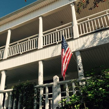 Lake Guntersville Bed and Breakfast