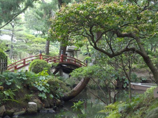 20160102_165622_large.jpg - Picture of Shukkei-en Garden ...