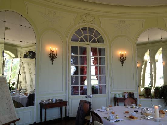 Vergoncey, Frankrig: Chateau de Bouceel - Elegant Dining