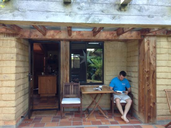 Cambridge, New Zealand: a quiet place to read and relax